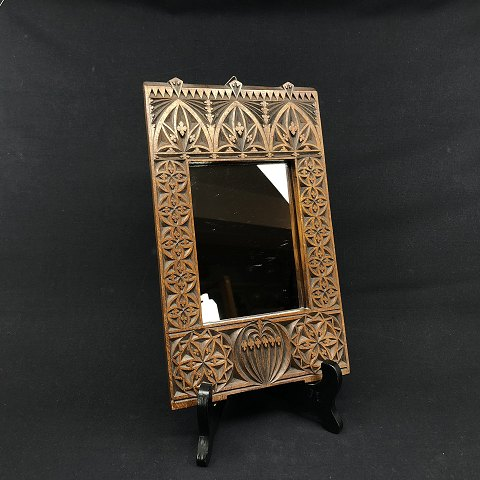 Shaving mirror with hardanger carvings